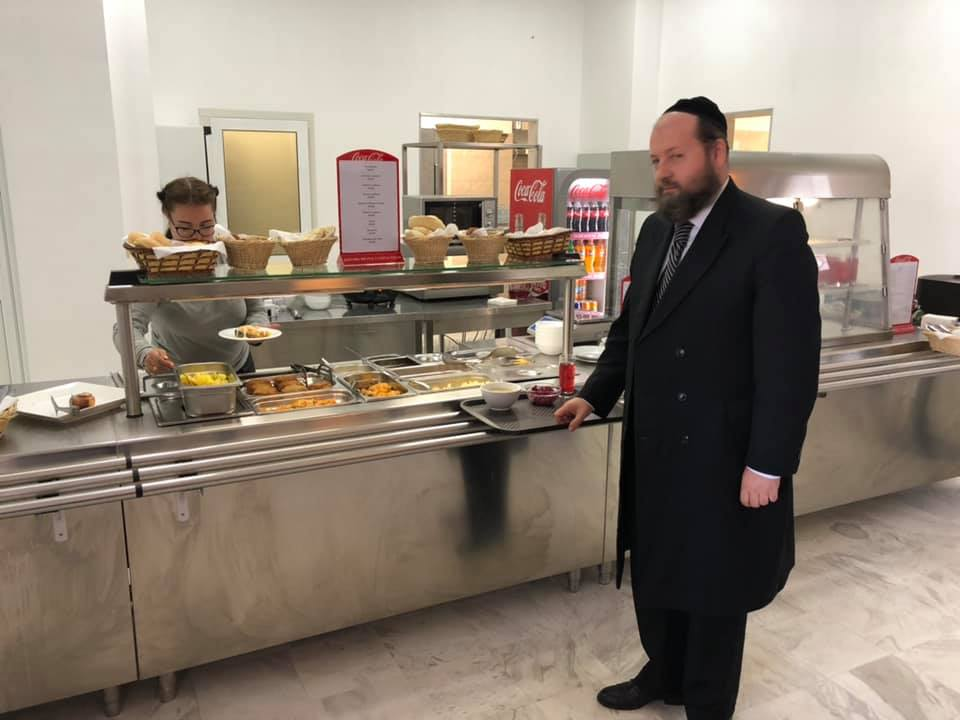 Self service kosher restaurant
